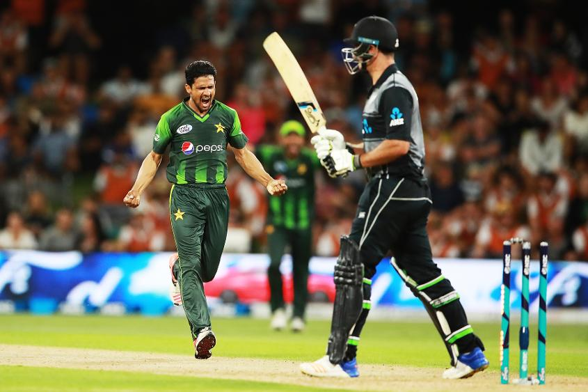 Aamer Yamin celebrates the wicket of Colin de Grandhomme in the third T20I in Tauranga