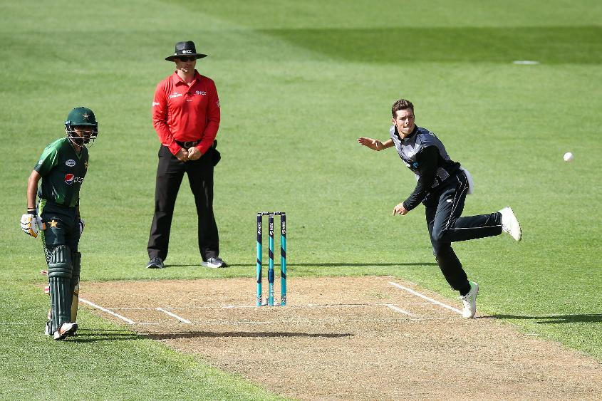 Mitchell Santner took figures of 2/15, 0/30 and 2/24 in the three-match T20I series against Pakistan