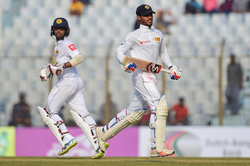 Mendis and de Silva gave Sri Lankan fans plenty to cheer about on day two from Chittagong