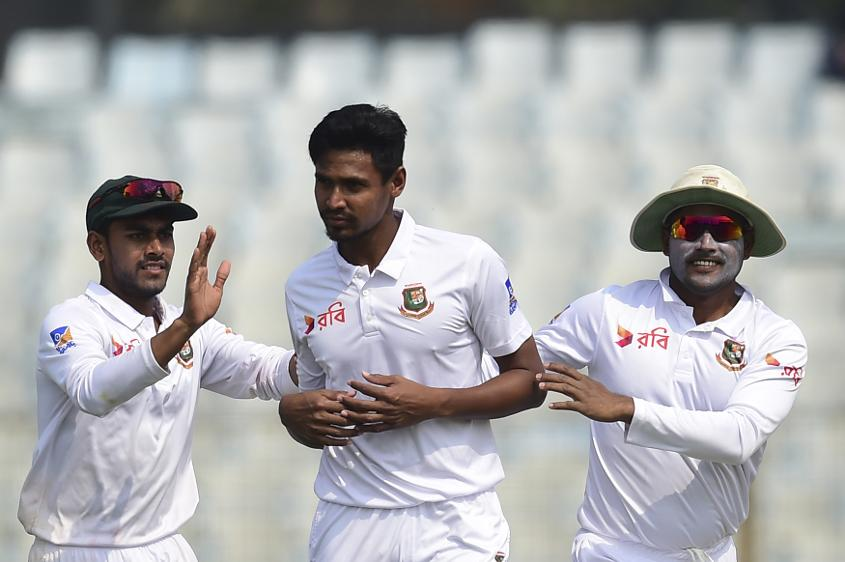 Mustafizur Rahman finally broke the second-wicket partnership