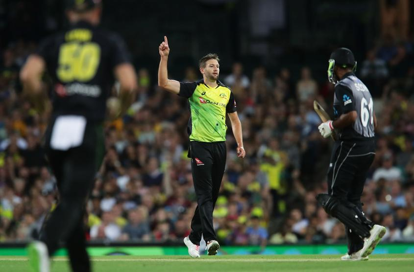 Andrew Tye continued his excellent recent form with the ball