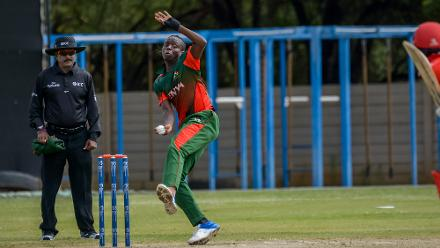 The Kenyan bowlers struck back to bowl Canada out for 186 in 46.2 overs