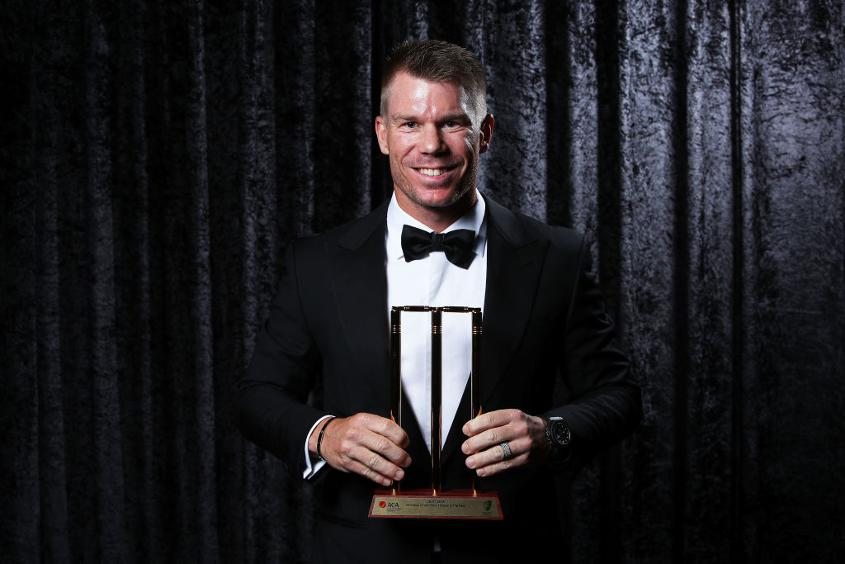 David Warner poses with the ODI Player of the Year Award during the 2018 Allan Border Medal Ceremony