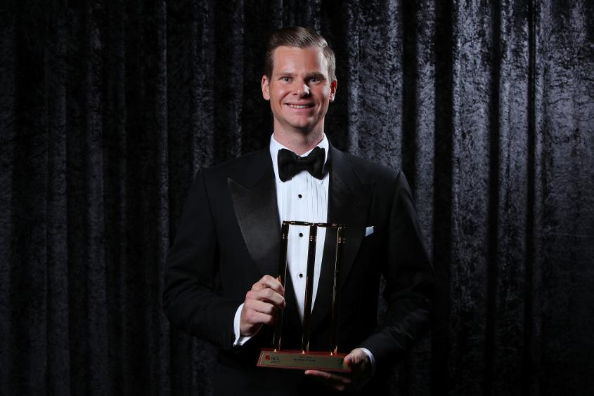 Steve Smith with his Test Player of the Year Award
