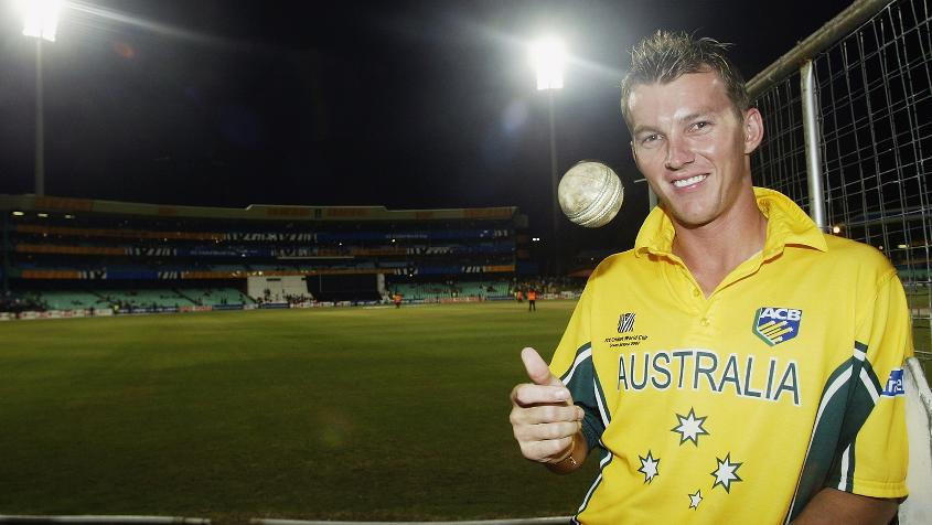 Brett Lee ripped the heart out of Kenya's batting in just the fourth over