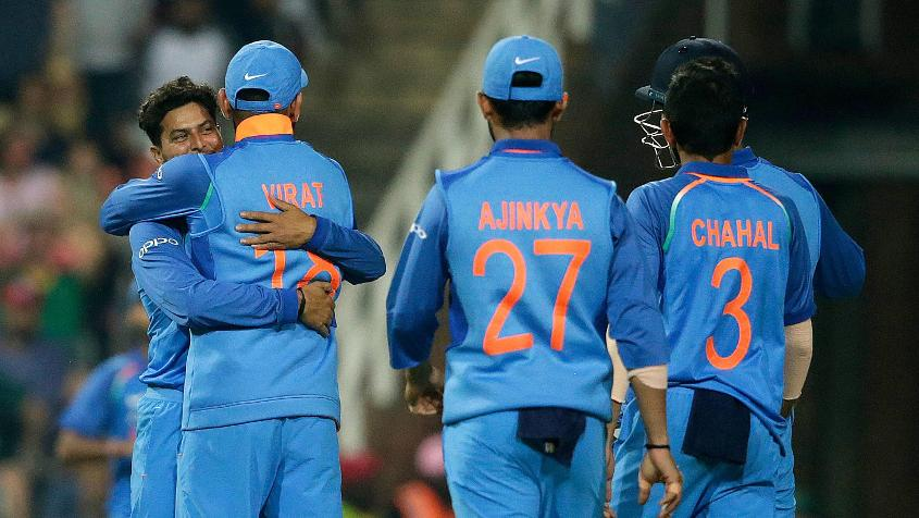 Kuldeep Yadav (L) picked up four wickets in the fifth ODI to take his tally for the series to 16