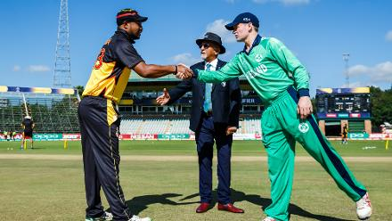 PNG captain Assadollah Vala shakes hands with Ireland captain William Porterfield after loosing the toss during a Group A World Cup Qualifier cricket match between Papua New Guinea and Ireland at Harare Sports Club, March 6 (©ICC).