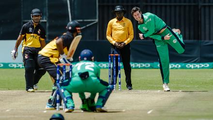 Ireland bowler George Dockrell in action during a Group A World Cup Qualifier cricket match between Papua New Guinea and Ireland at Harare Sports Club, March 6 2018 (©ICC).