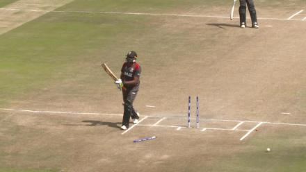 CWCQ: Ghulam Shabber bowled while trying to scoop!