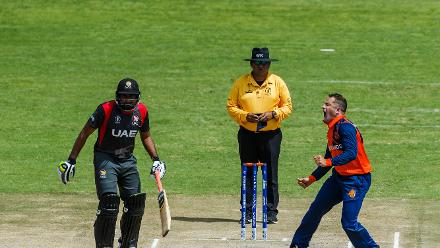 Dutch bowler Roelof van der Merwe appeals for a wicket during a Group A World Cup Qualifier cricket match played between United Arab Emirates and the Netherlands at Harare Sports Club in Harare March 8 2018 (©ICC).