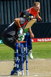 Dutch bowler Timm van der Gugten bowling to UAE batsman Chirag Suri during a Group A World Cup Qualifier cricket match played between United Arab Emirates and the Netherlands at Harare Sports Club in Harare March 8 2018 (©ICC).