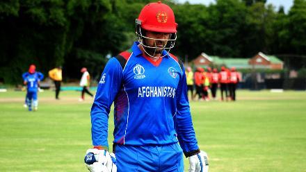 Afghanistan batsman Samiullah Shenwari walks off after getting bowled out by Hong Kong spin bowler Ehsan Khan at BAC in Bulawayo (©ICC).