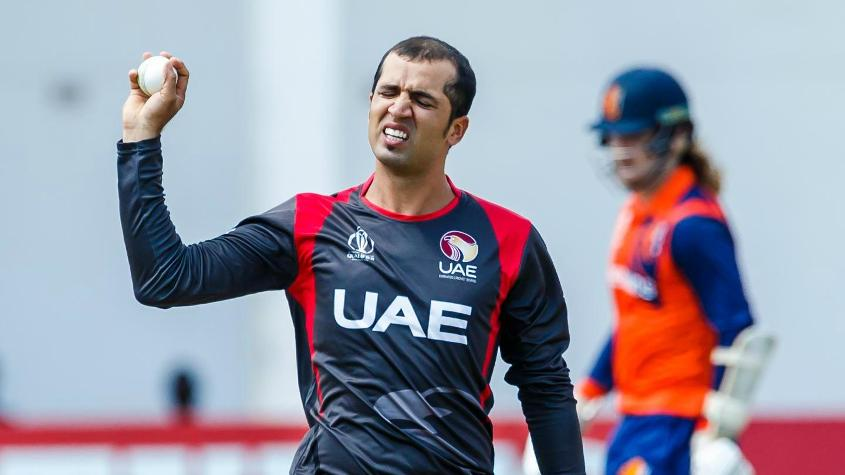 Rohan Mustafa acknowledges the cheers after picking up his fifth wicket