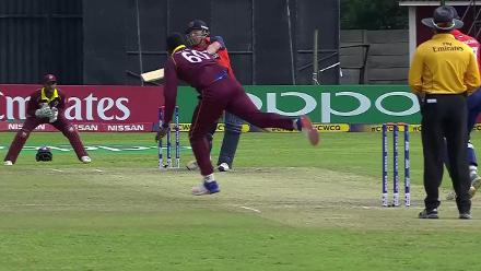Pieter Seelaar caught by Chris Gayle