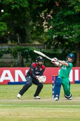 Irish captain William Porterfield pulls during a Group A World Cup Qualifier cricket match between United Arab Emirates and Ireland at Old Hararians Sports Club in Harare March 12 2018 (©ICC).