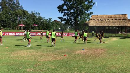 PNG warm up with a hybrid game of handball/volleyball