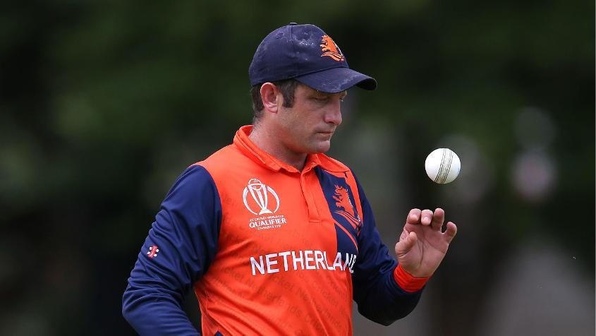 Roelof van der Merwe picked up 16 wickets in six games with three four-wicket hauls