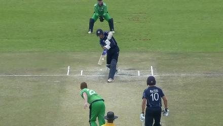 CWCQ POTD - Coetzer launches a six into the big screen