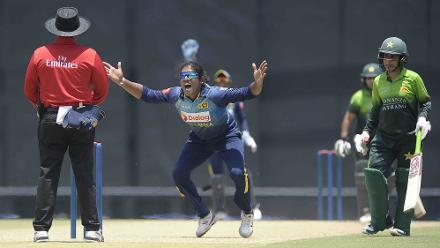 Chamari Athapaththu, the Sri Lankan skipper, appeals for a wicket