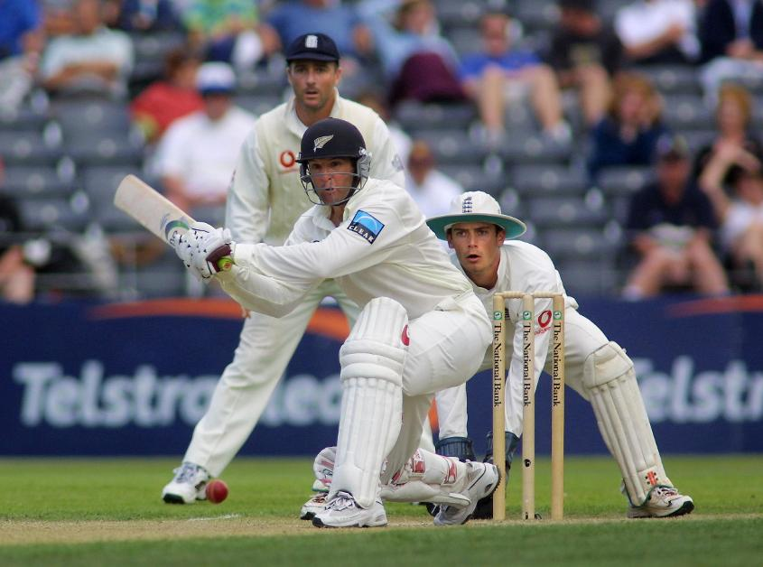 In Christchurch in 2002, Nathan Astle reached his double century from 153 balls, with the second hundred taking just 39 deliveries