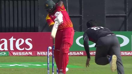Masakadza bowled by Naveed for 7