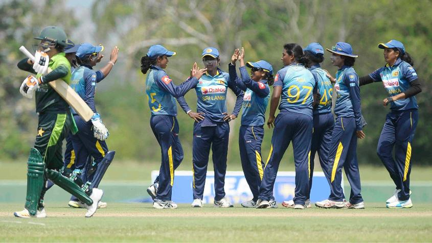 The Sri Lanka bowlers did well, but couldn't find a way past Bismah Maroof for the longest time