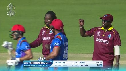 Chris Gayle gets his second of the final, Rahmat Shah stumped!