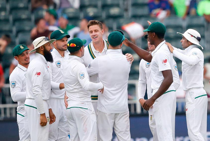 Morne Morkel bowled despite a side strain and returned 2/28 in the second innings