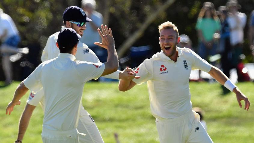 Stuart Broad dismissed Jeet Raval and Kane Williamson off the first two balls of the day