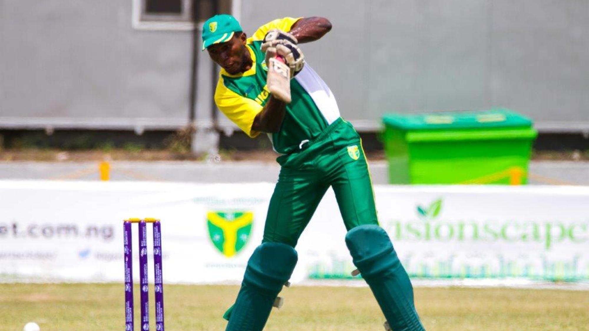 Chimezie Onwuzilike plays off the back foot