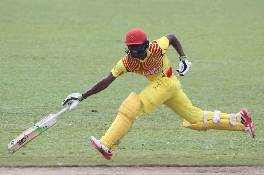 Hamu Bagenda Kayonda of Uganda attempts to make his ground