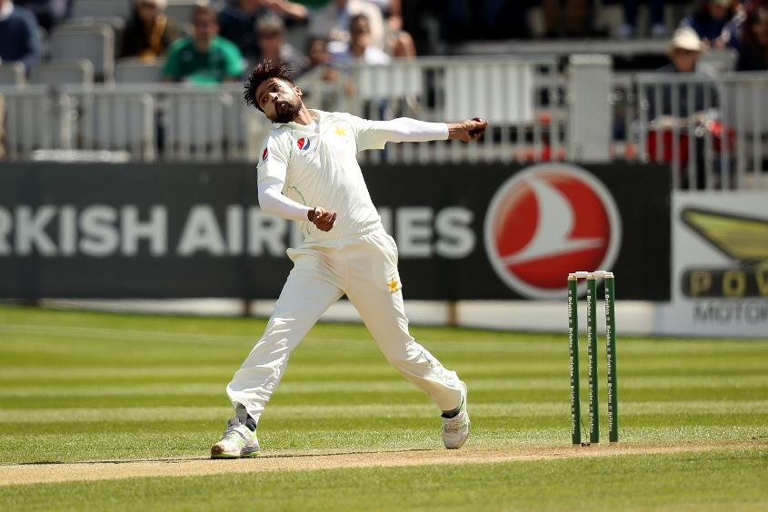 Mohammad Amir returned first-innings figures of 2/9