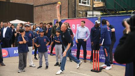 Allan Donald joins in a game of street cricket after the launch of the #CWC19 Declaration