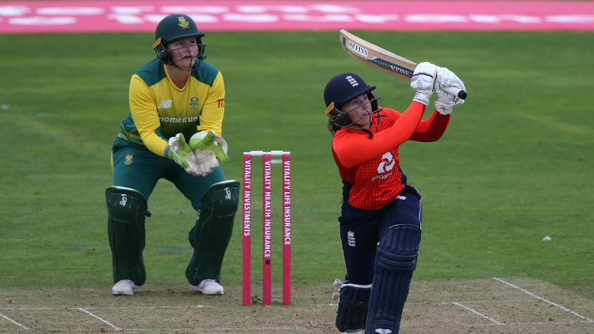 Tammy Beaumont smashed 116 from just 52 balls in a T20I against South Africa