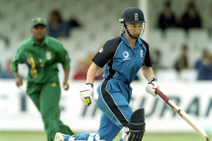 Taylor's 50-ball 47 powered England to an easy nine-wicket win