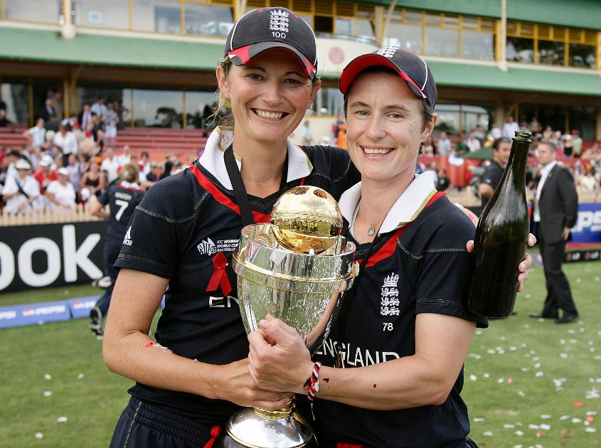 Charlotte Edwards and Claire Taylor, two of England's batting mainstays, with the Women's World Cup 2009 Trophy