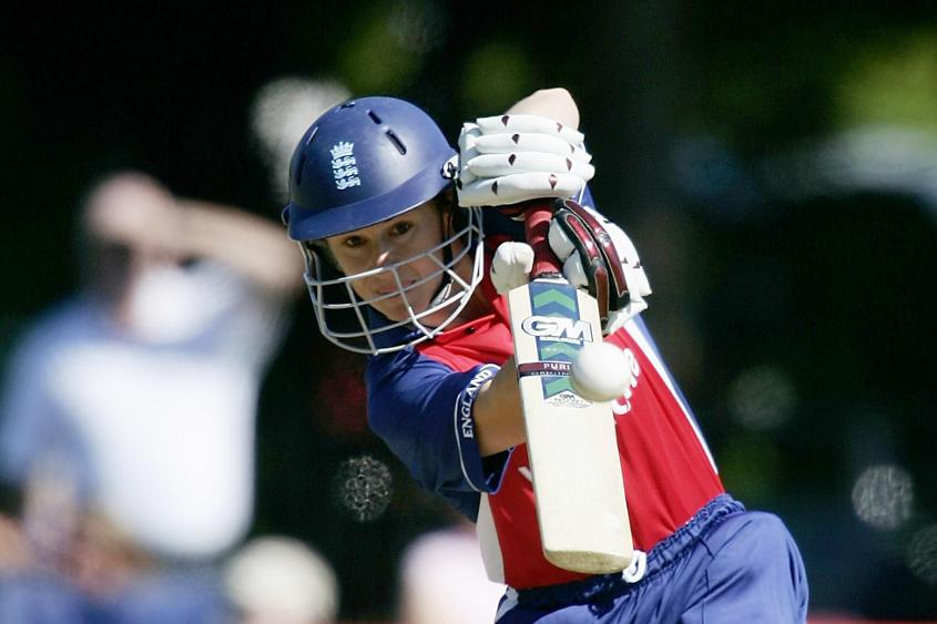 Taylor anchored the innings with her 122-ball 82
