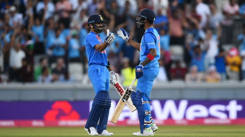 Virat Kohli and Rahul celebrate after taking India past the finish line in Manchester