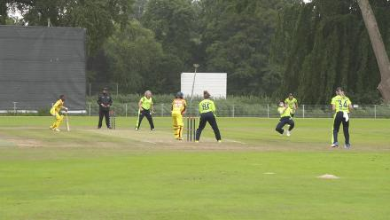 WT20Q: Excellent sharp catch in the field by Clare Shillington