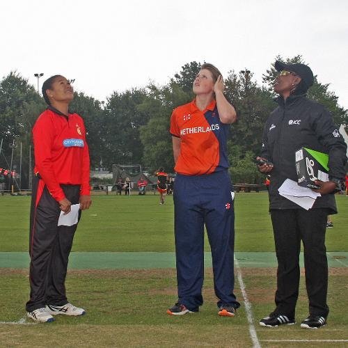 Pauke Siaka, Heather Siegers and umpire Williams at the toss, NL v PNG, VRA, 10th July 2018