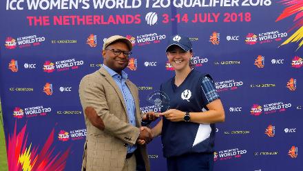 Mr Urlick presenting the Player of the match award to Kathrine Bryce, 9th Match, Group B, ICC Women's World Twenty20 Qualifier at Utrecht, Jul 10th 2018.