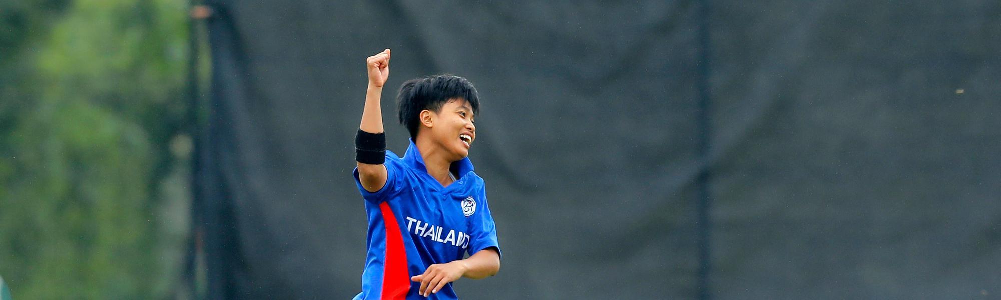 Thailand Bowler Boochatham celebrates the dismissal of Scotland Batsman Lorna Jack, 9th Match, Group B, ICC Women's World Twenty20 Qualifier at Utrecht, Jul 10th 2018.