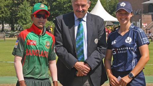 Match referee Jukes with the captains, 2nd Semi-Final: Bangladesh Women v Scotland Women, VRA Ground, 12th July 2018.