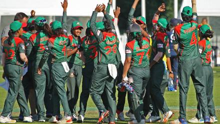 Celebrations after the win for Bangladesh, 2nd Semi-Final: Bangladesh Women v Scotland Women, VRA Ground, 12th July 2018.