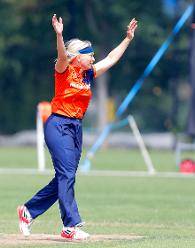 Netherlands bowler de Fouw celebrates the dismissal of Ntono, 1st Play-off Semi-Final, ICC Women's World Twenty20 Qualifier at Utrecht, Jul 12th 2018.