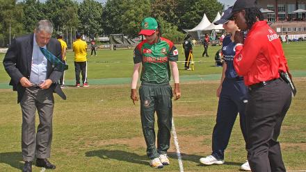 Looking for the coin, 2nd Semi-Final: Bangladesh Women v Scotland Women, VRA Ground, 12th July 2018.