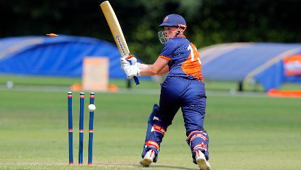 Netherland Batsman HDJ Siegers (c) is bowled by Musamali, 1st Play-off Semi-Final, ICC Women's World Twenty20 Qualifier at Utrecht, Jul 12th 2018.