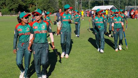 Bangladesh Players celebrates the win over Ireland,  Final, ICC Women's World Twenty20 Qualifier at Utrecht, Jul 14th 2018.