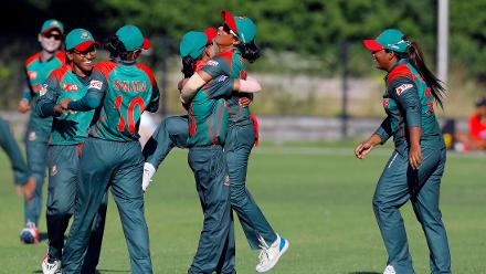 Bangladesh Players celebrate the win over Ireland,  Final, ICC Women's World Twenty20 Qualifier at Utrecht, Jul 14th 2018.