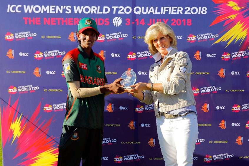 Panna receiving the Player of the Match from Ms Barbara during the presentation, Final, ICC Women's World Twenty20 Qualifier at Utrecht, Jul 14th 2018.